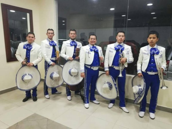 Mariachis Espectaculares | $40 Shows | Mariachi Sol de México en Quito