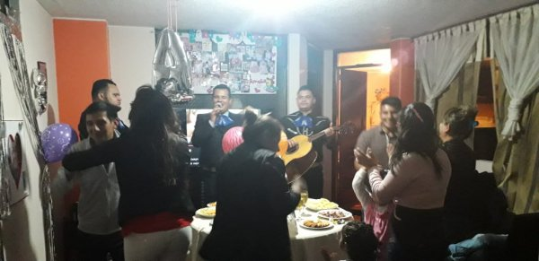 $40 Mariachi Los Diamantes de Quito | Servimos Norte, Sur y Valles
