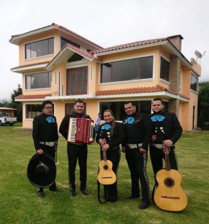 Mariachis Sur de Quito $40 | Cumpleaños Bodas Quinceaños